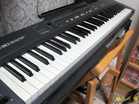 Rolandの MIDIキーボード(76鍵)