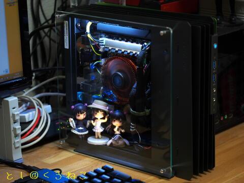 PCケースに 黒猫にいてんご×2追加 & M/B照明増設